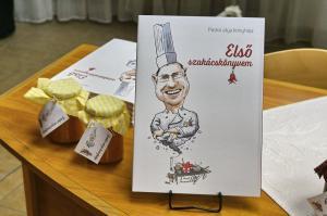 Paskó Csaba : Első szakácskönyvem című könyvének bemutatója (2019.10.09.)